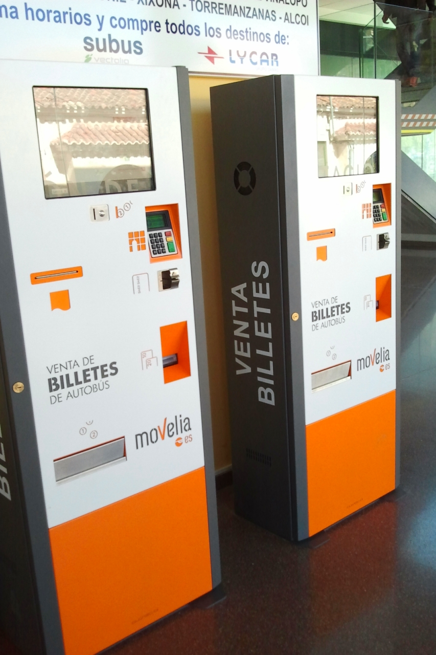 M quinas de auto venta de billetes for Oficina tam alicante